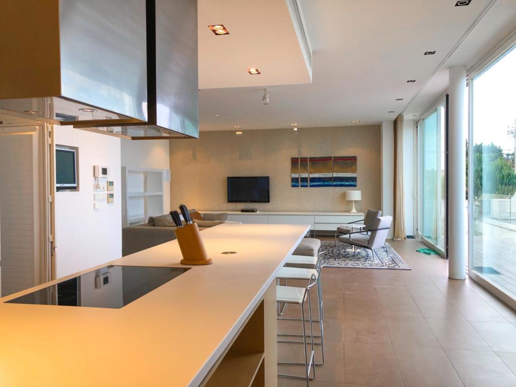 3 bed Villa For Rent in Bahar ic-Caghaq, Bahar ic-Caghaq - thumb 11
