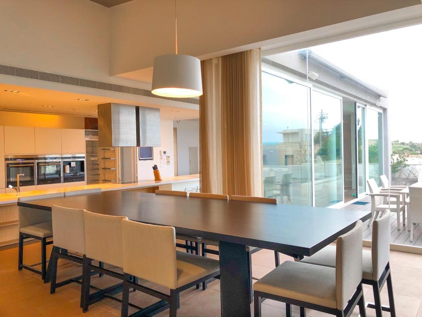 3 bed Villa For Rent in Bahar ic-Caghaq, Bahar ic-Caghaq - thumb 12