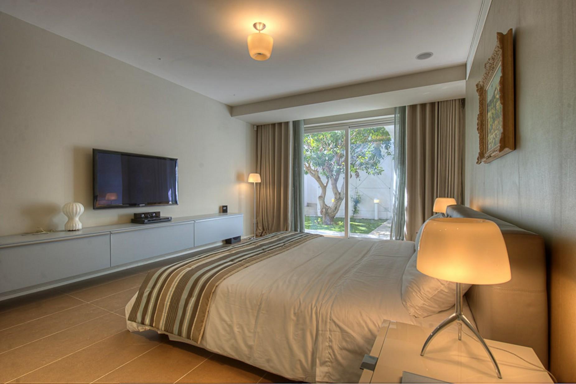 3 bed Villa For Rent in Bahar ic-Caghaq, Bahar ic-Caghaq - thumb 13