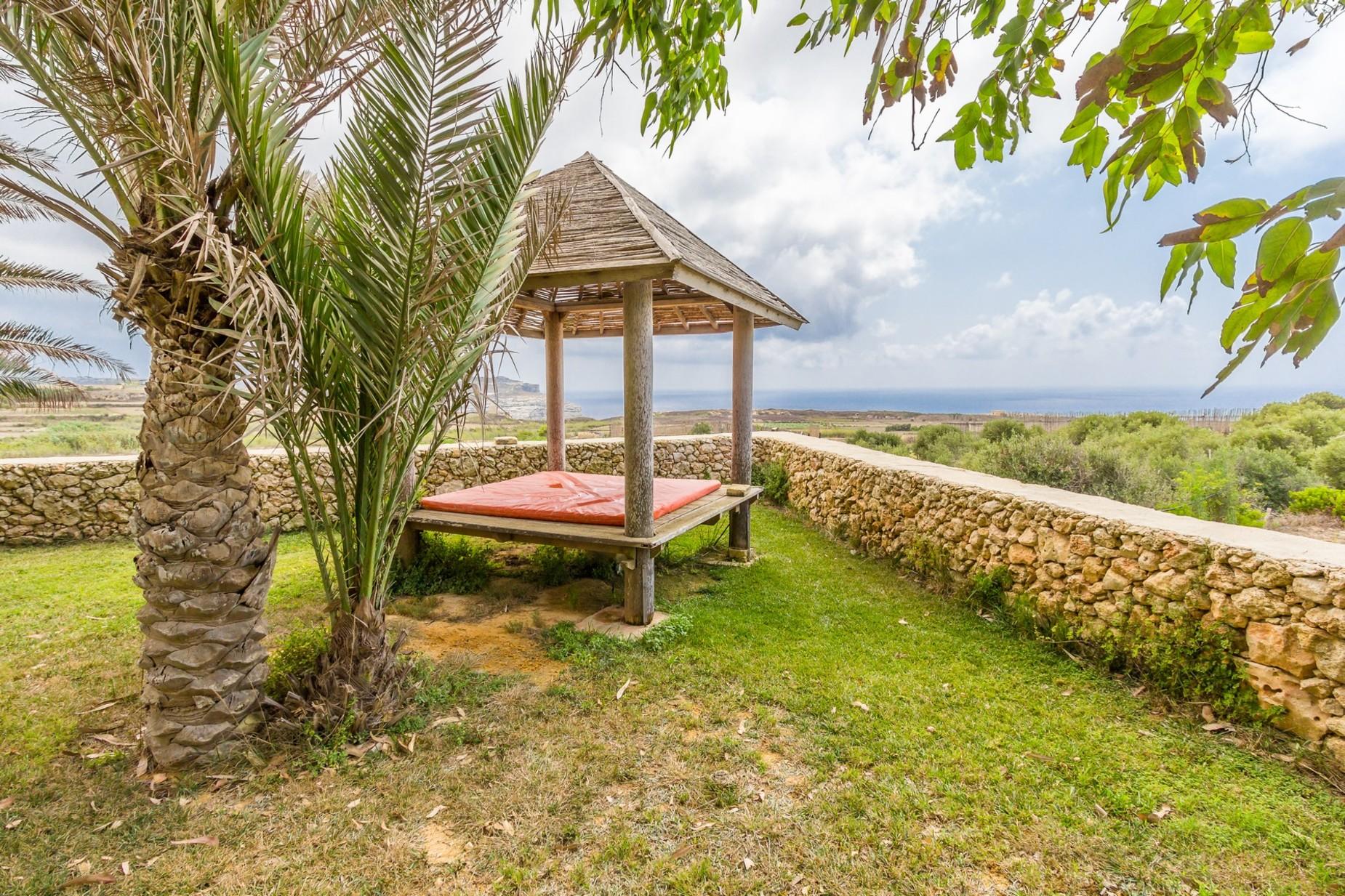 6 bed Farmhouse For Sale in San Lawrenz, San Lawrenz - thumb 4