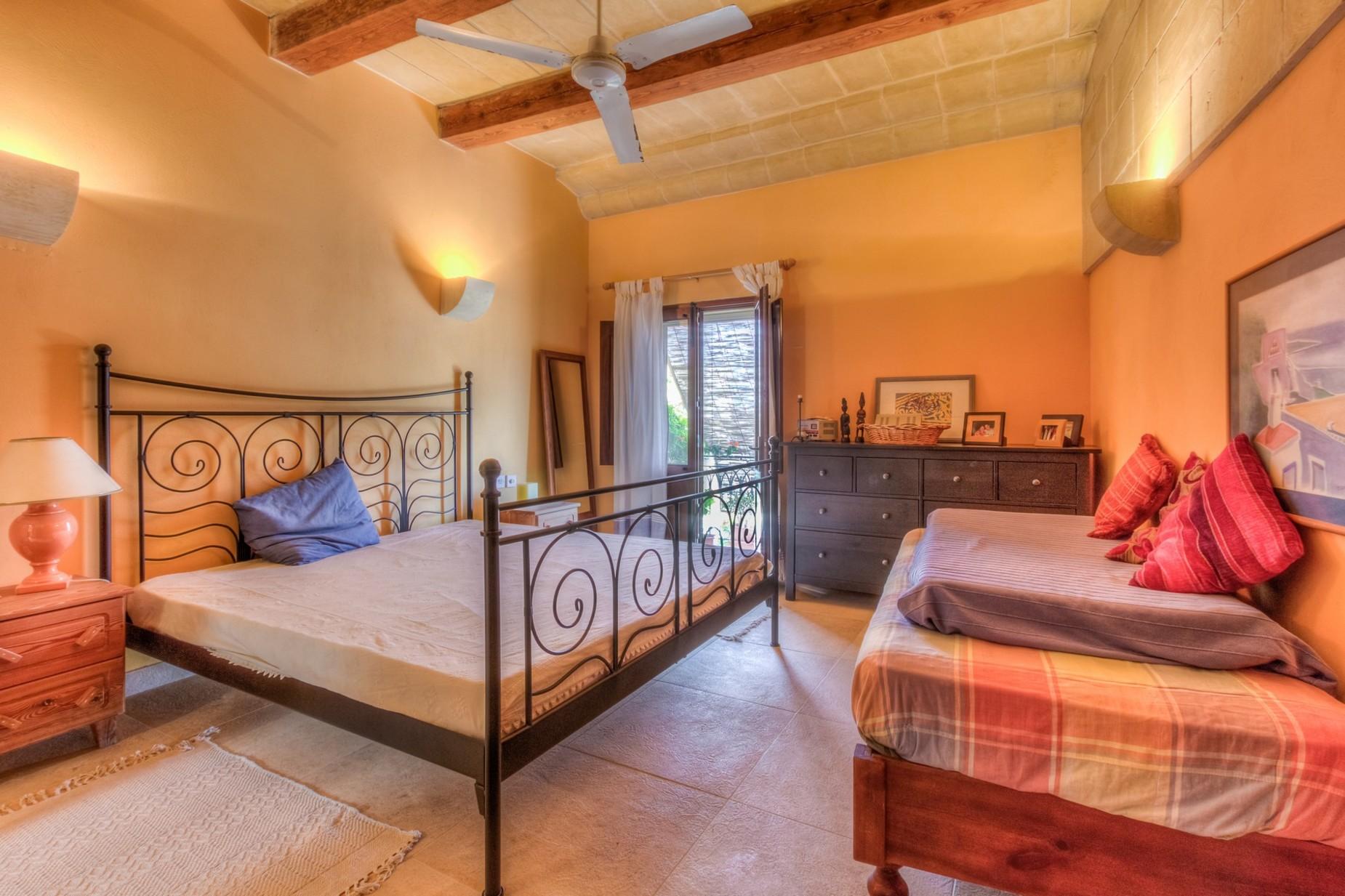 6 bed Farmhouse For Sale in San Lawrenz, San Lawrenz - thumb 16