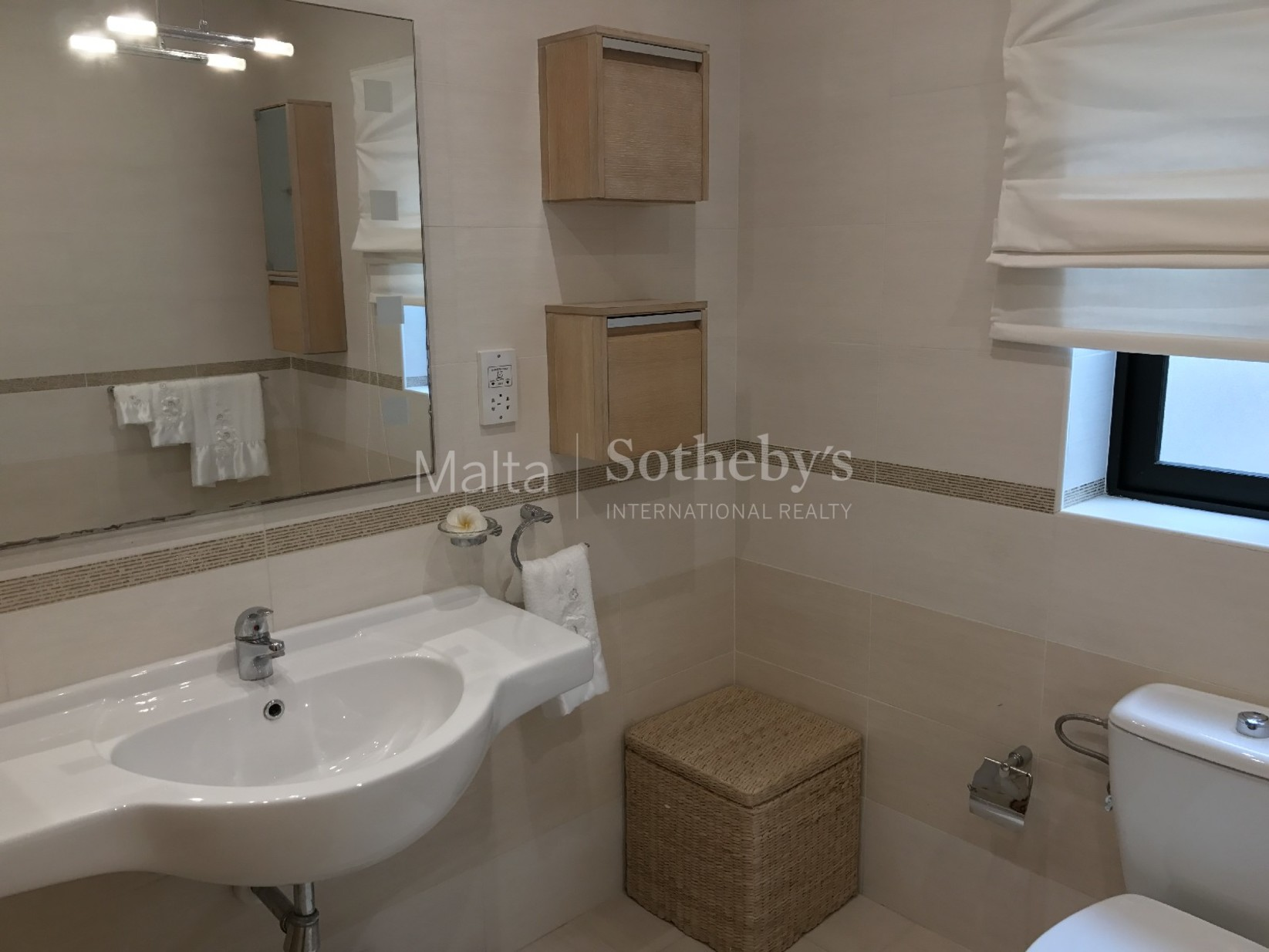 3 bed Apartment For Rent in Ibragg, Ibragg - thumb 12