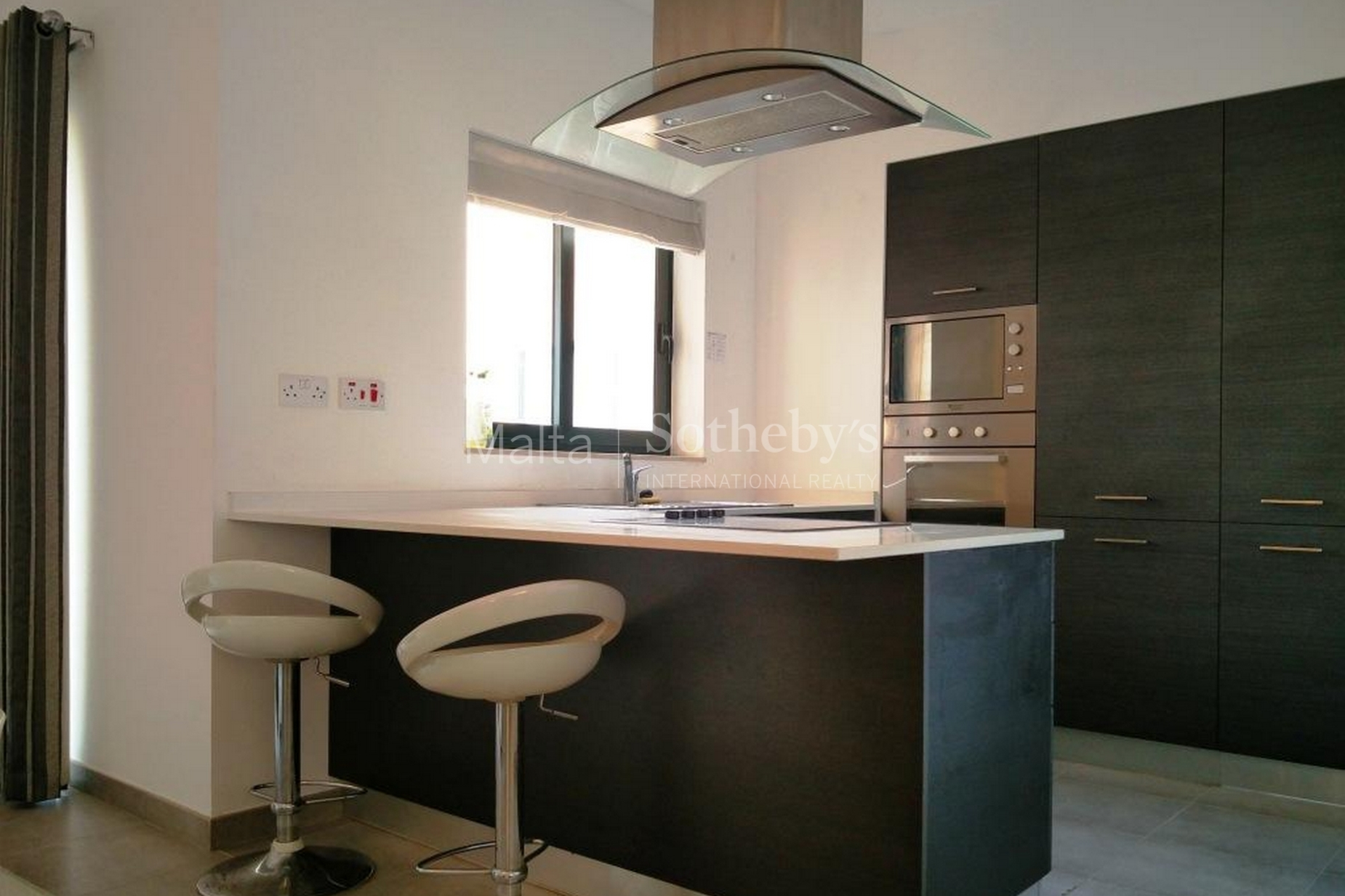 2 bed Apartment For Rent in Floriana, Floriana - thumb 2