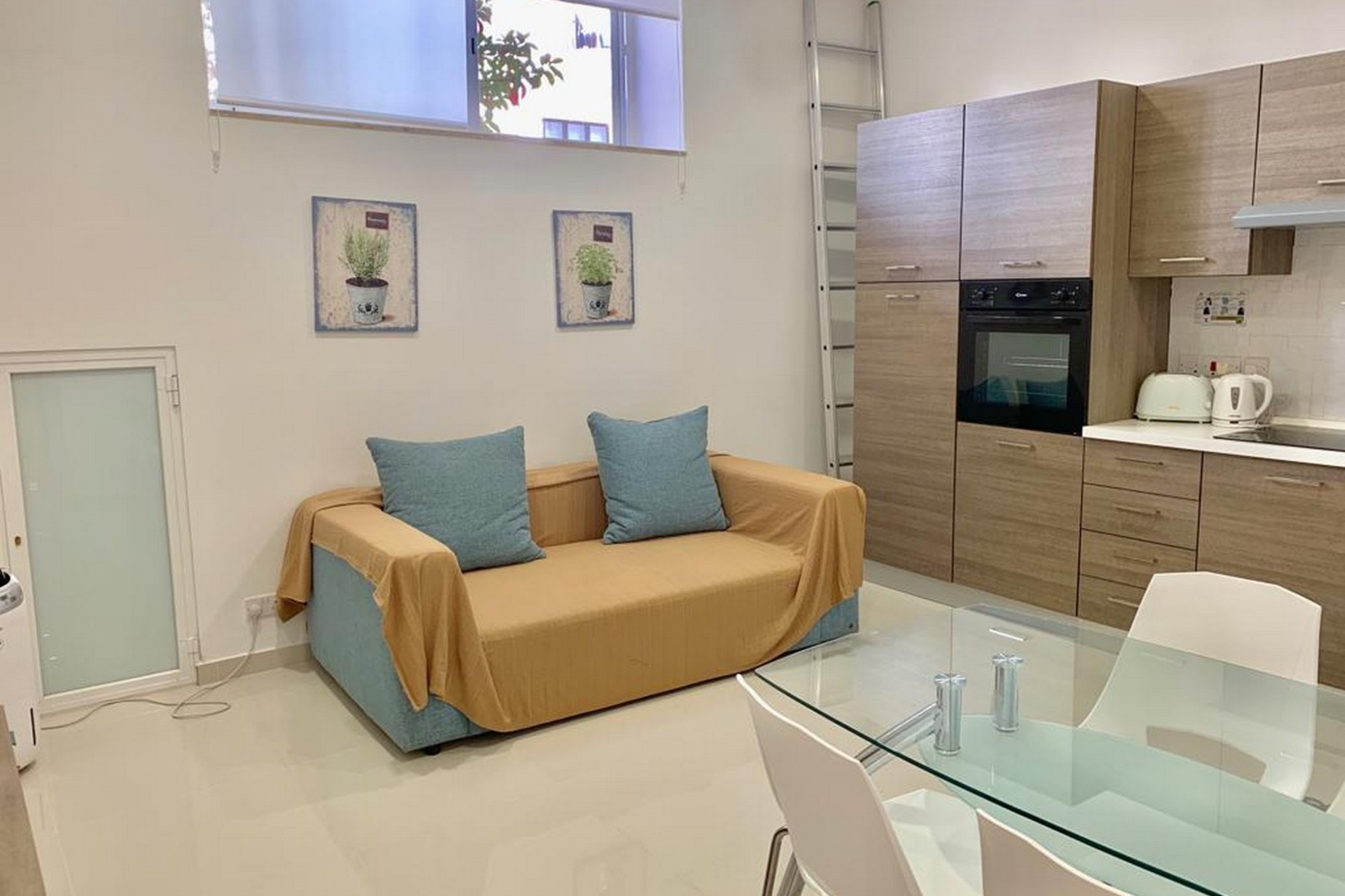 2 bed Apartment For Rent in Swieqi, Swieqi - thumb 2