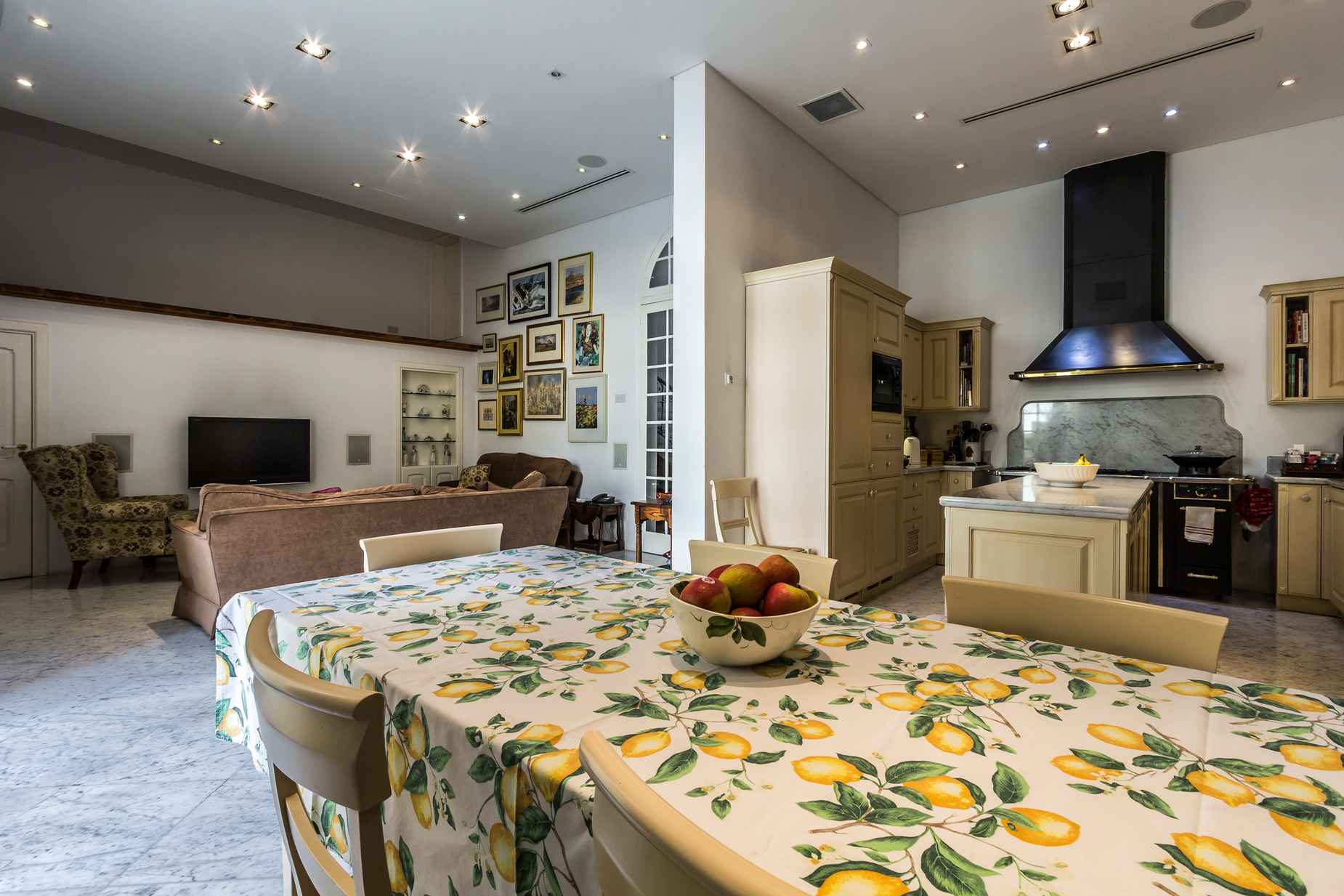 5 bed Town House For Sale in Sliema, Sliema - thumb 8