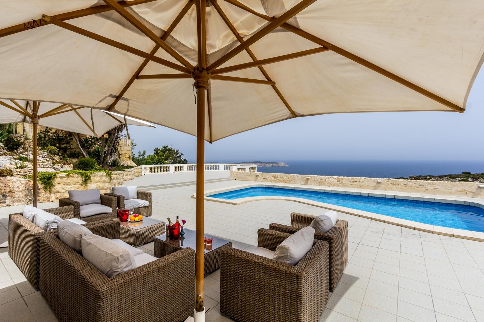 5 bed Villa For Sale in Mellieha, Mellieha - thumb 3