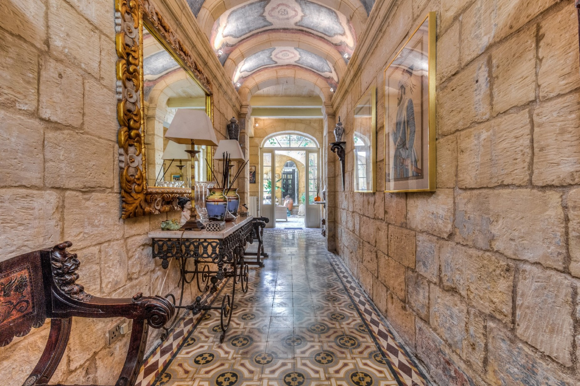 5 bed Town House For Rent in Cospicua, Cospicua - thumb 17