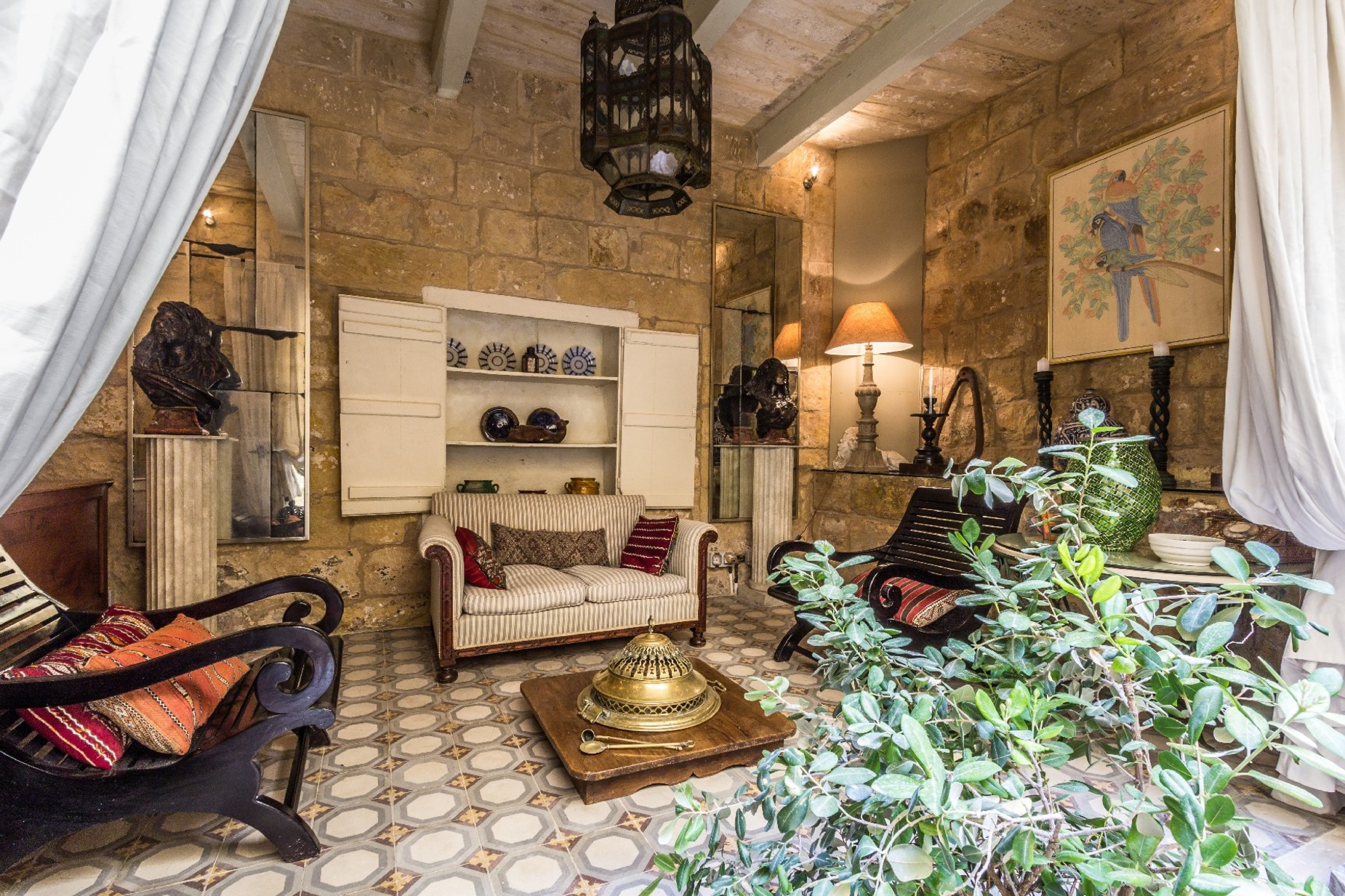 5 bed Town House For Rent in Cospicua, Cospicua - thumb 6