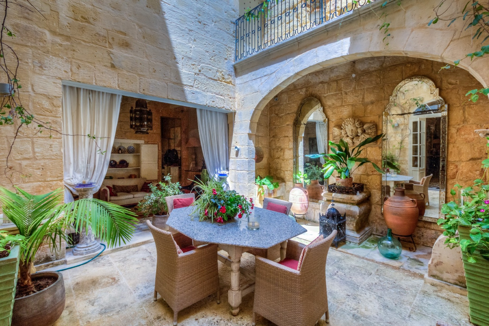 5 bed Town House For Rent in Cospicua, Cospicua - thumb 19