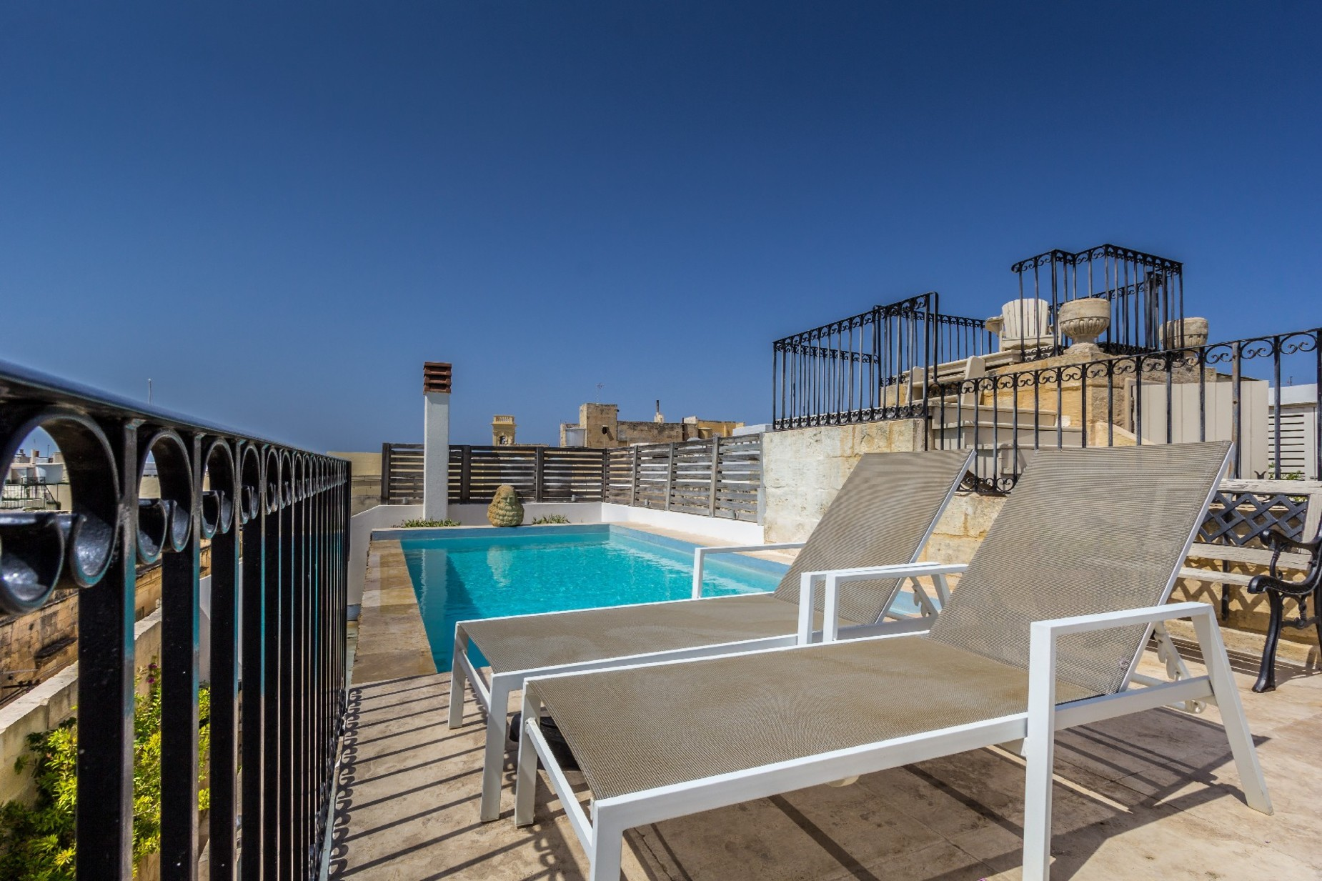 5 bed Town House For Rent in Cospicua, Cospicua - thumb 20
