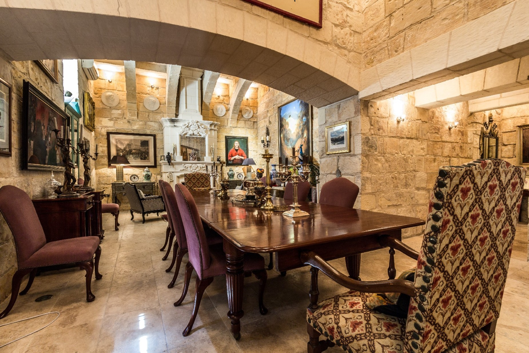 5 bed Town House For Rent in Cospicua, Cospicua - thumb 4