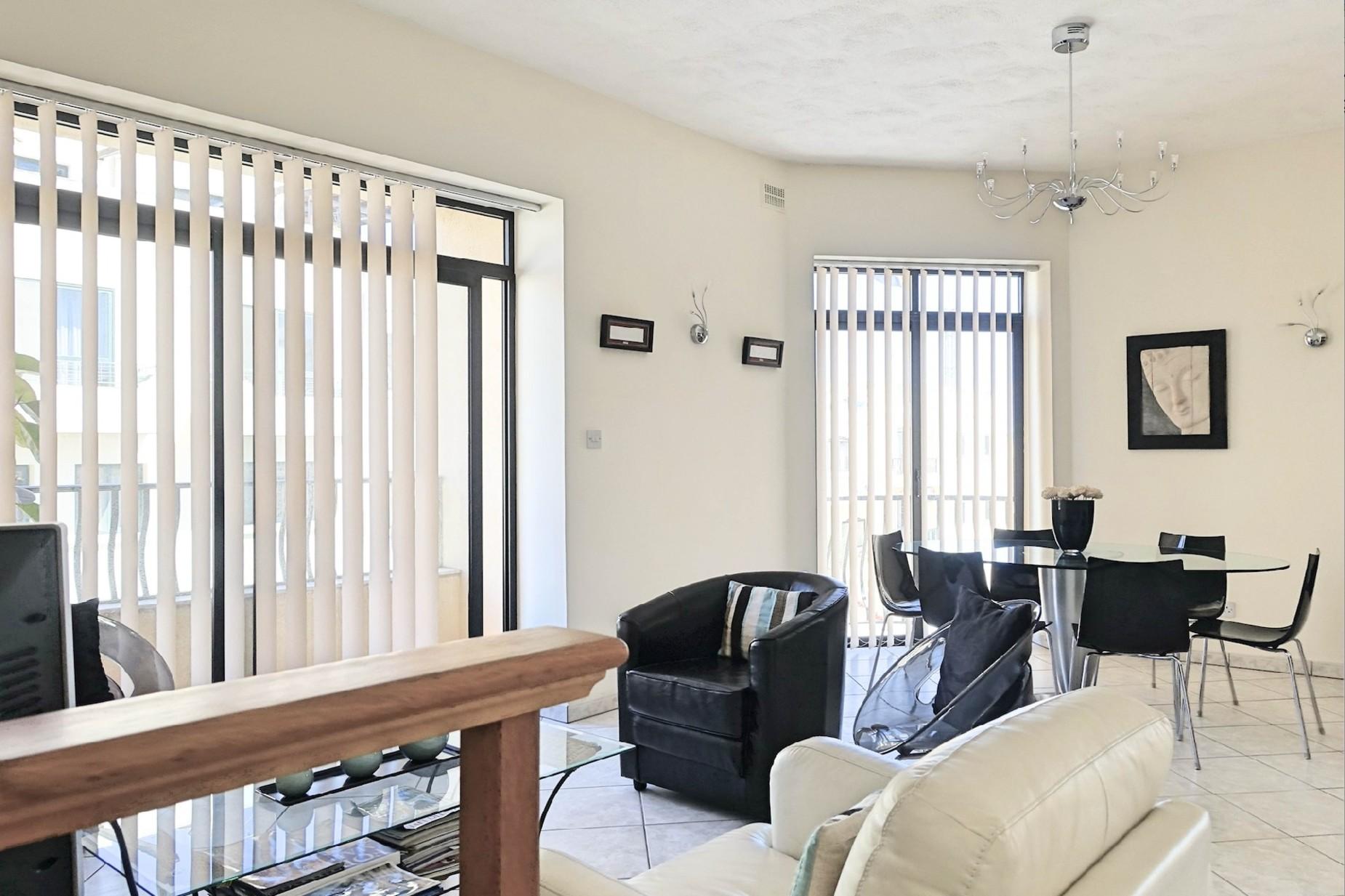 3 bed Maisonette For Rent in Mellieha, Mellieha - thumb 2