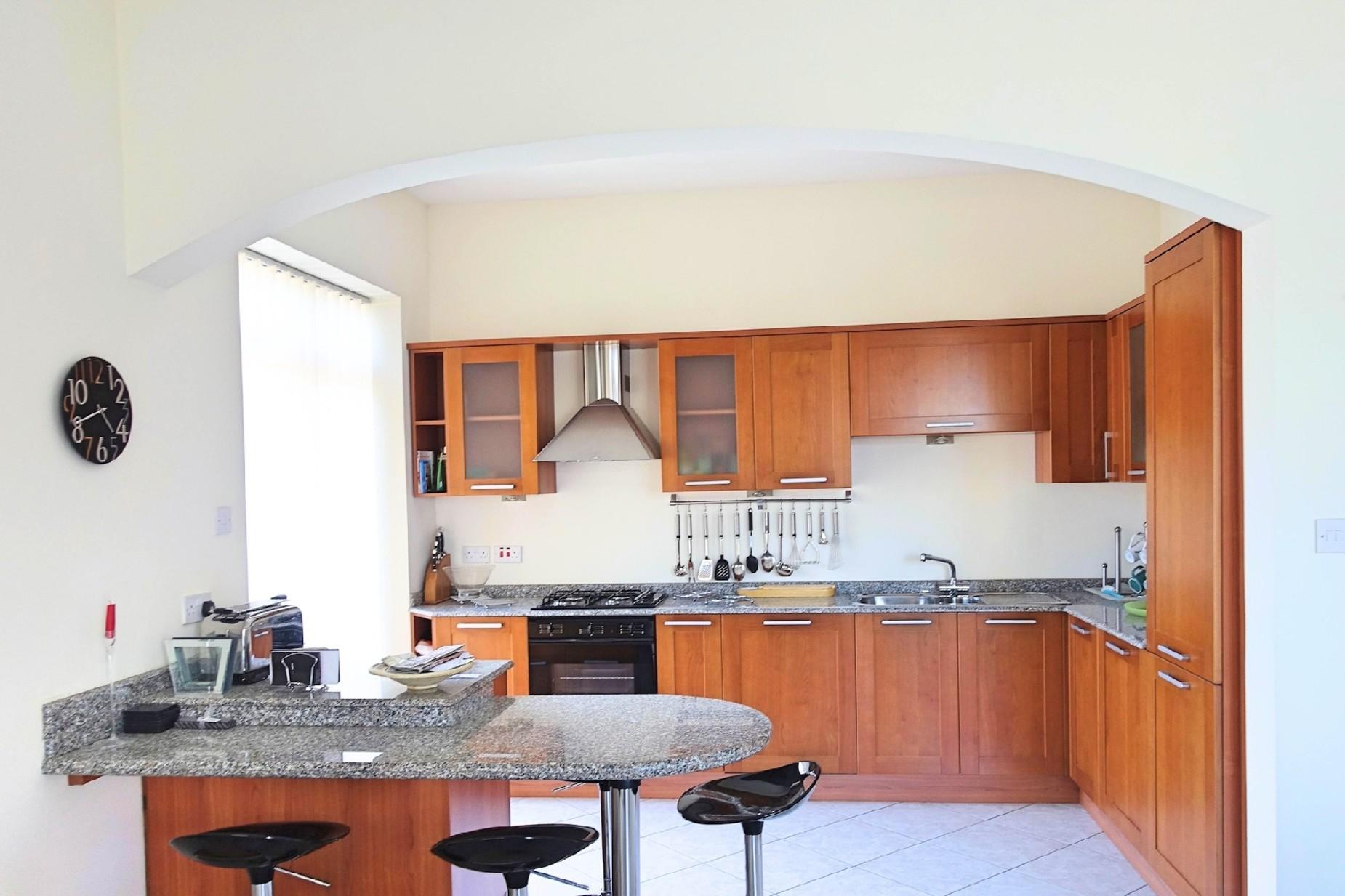 3 bed Maisonette For Rent in Mellieha, Mellieha - thumb 3
