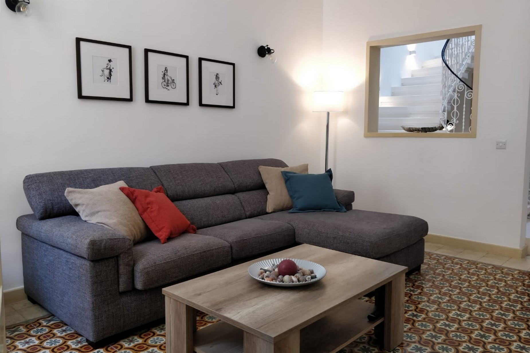2 bed Town House For Rent in Sliema, Sliema - thumb 2