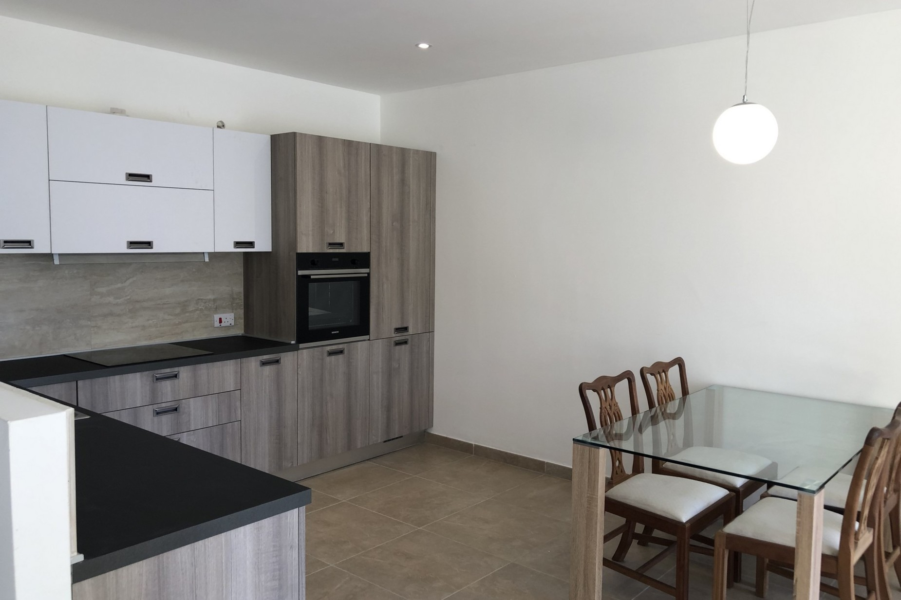 2 bed Maisonette For Rent in Bahar ic-Caghaq, Bahar ic-Caghaq - thumb 3