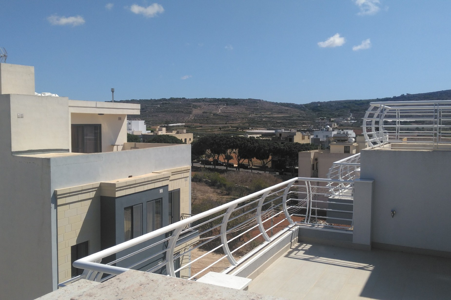 3 bed Penthouse For Rent in Mgarr, Mgarr - thumb 4