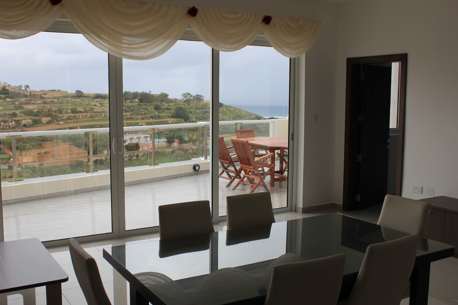 2 bed Penthouse For Rent in Gharghur, Gharghur - thumb 4