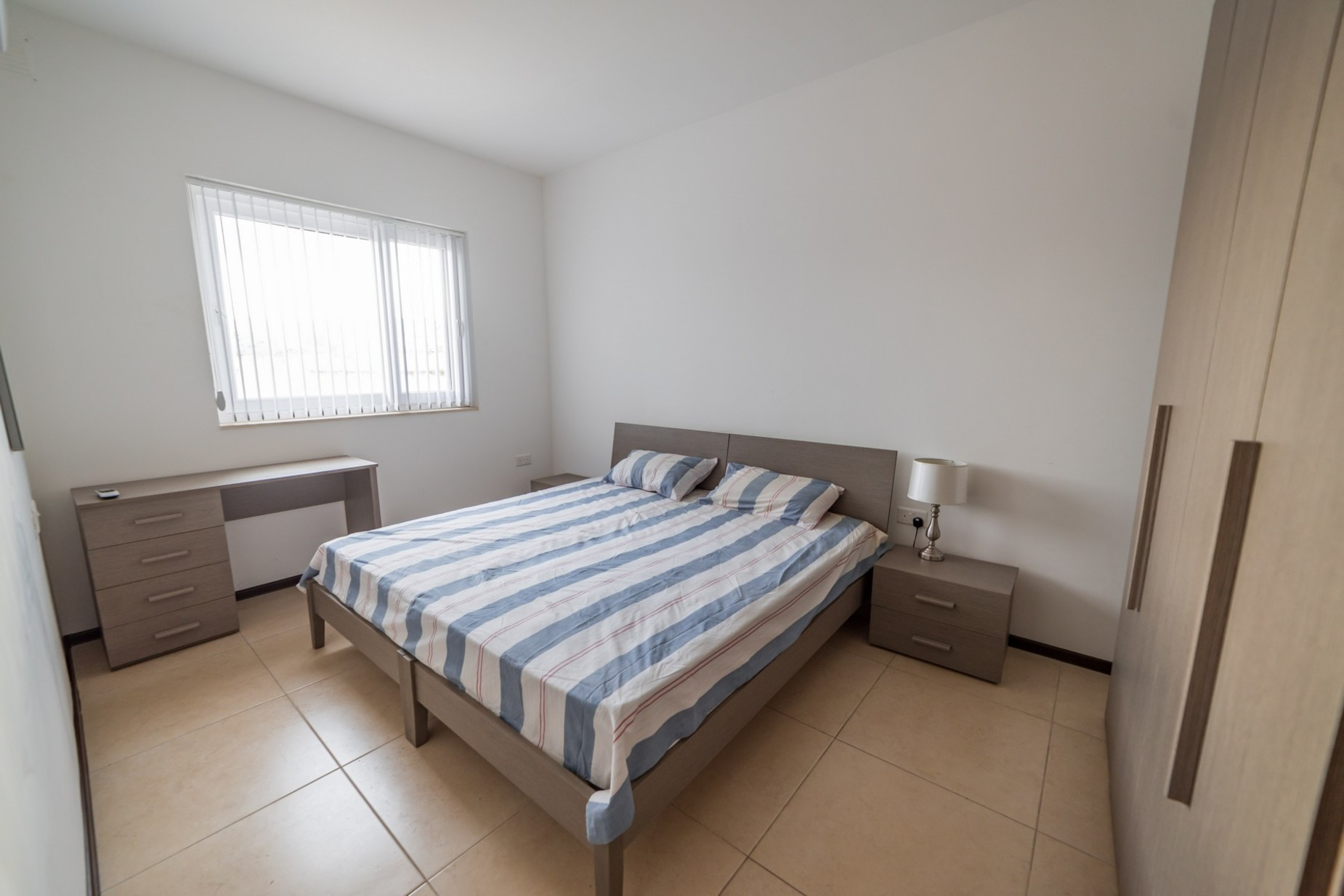 3 bed Apartment For Rent in Gzira, Gzira - thumb 2