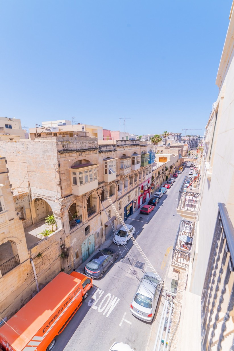 2 bed Apartment For Rent in Sliema, Sliema - thumb 22