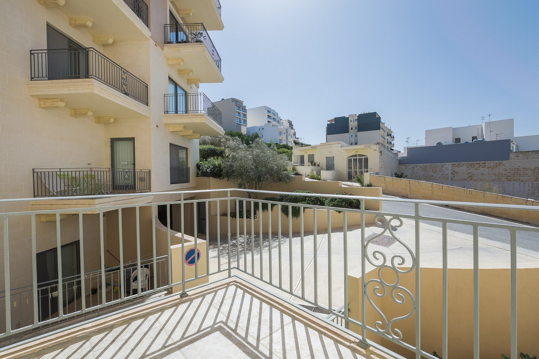 2 bed Apartment For Rent in Mellieha, Mellieha - thumb 17