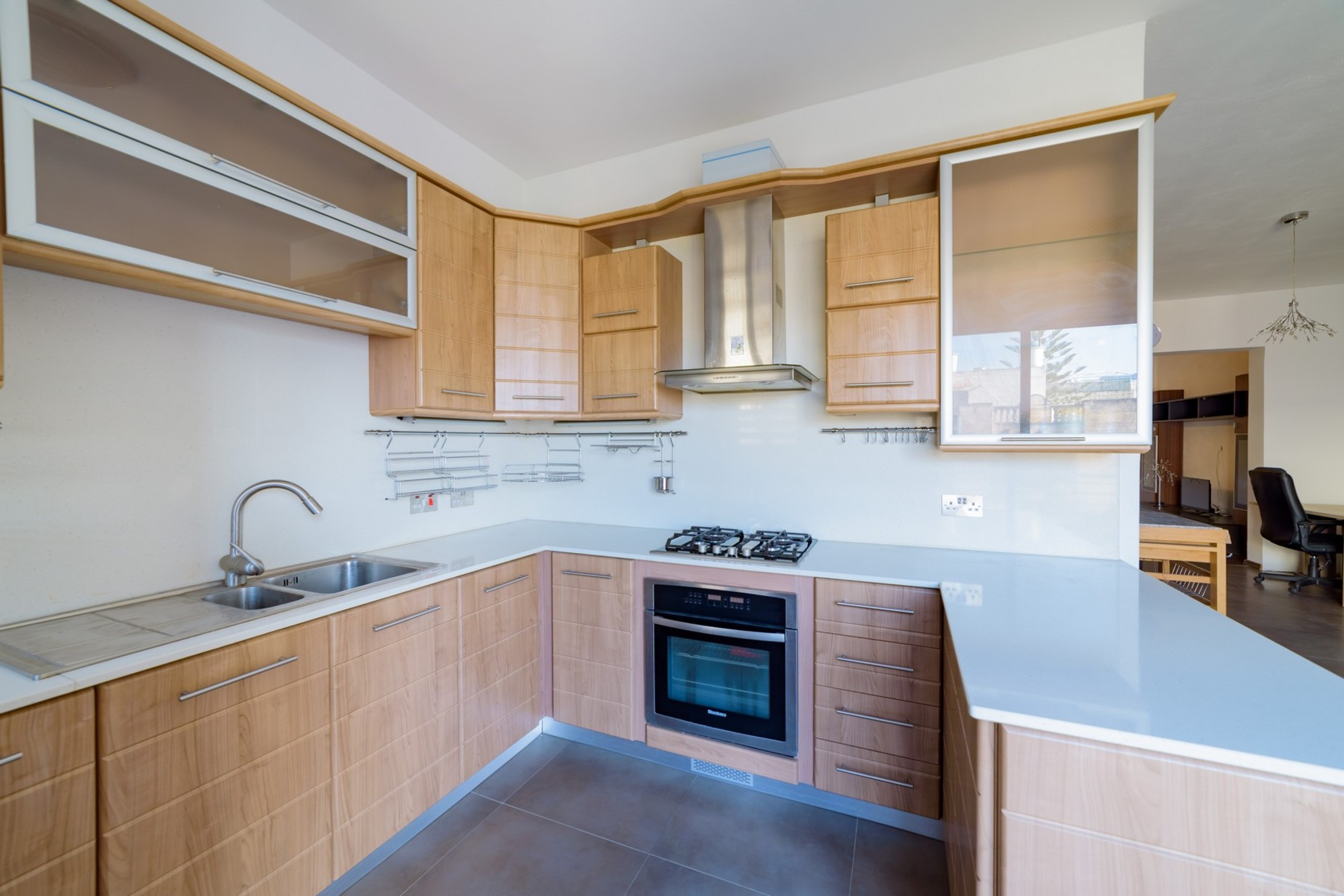 3 bed Maisonette For Rent in Swatar, Swatar - thumb 5