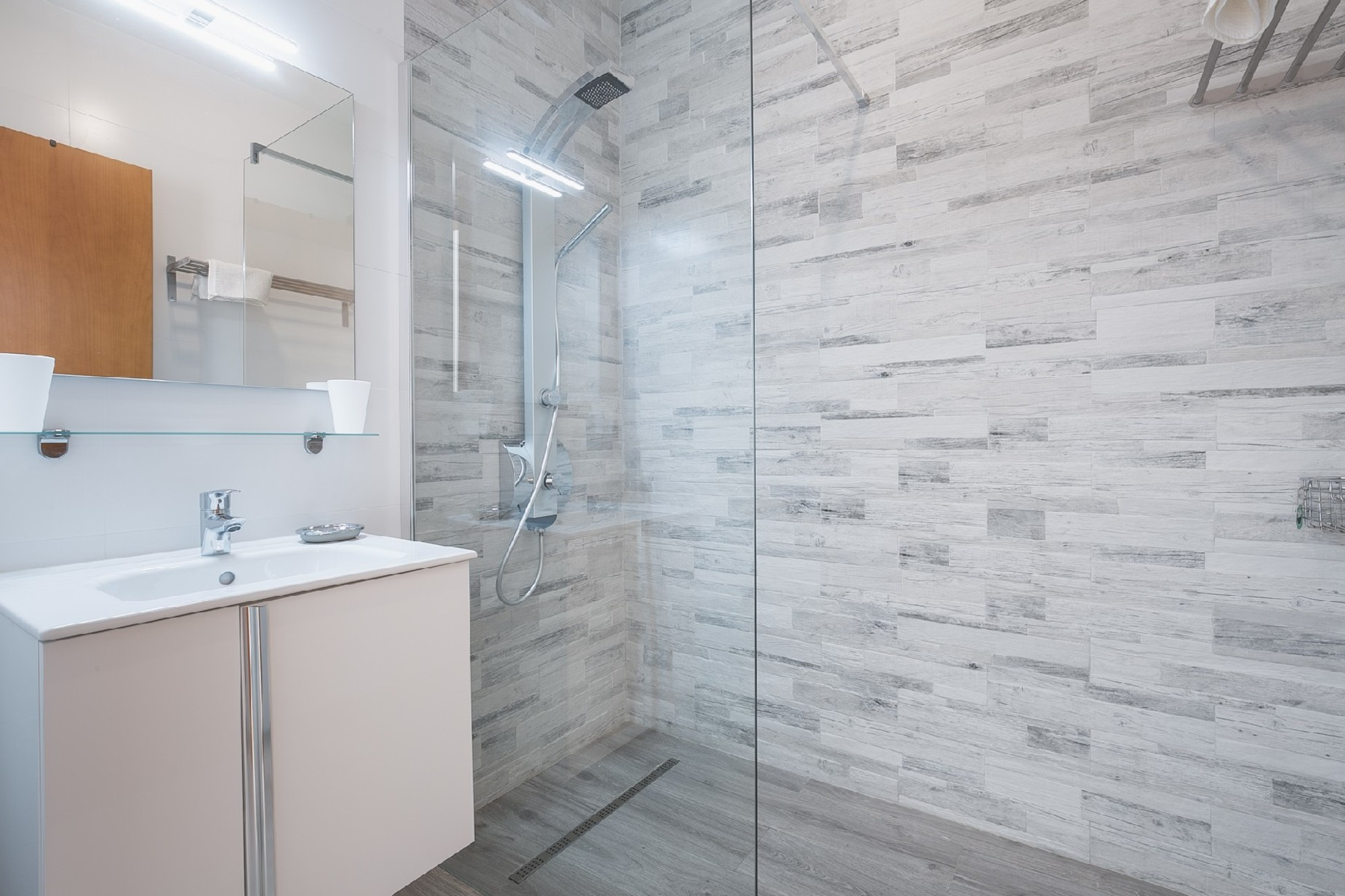 2 bed Apartment For Rent in Mellieha, Mellieha - thumb 13