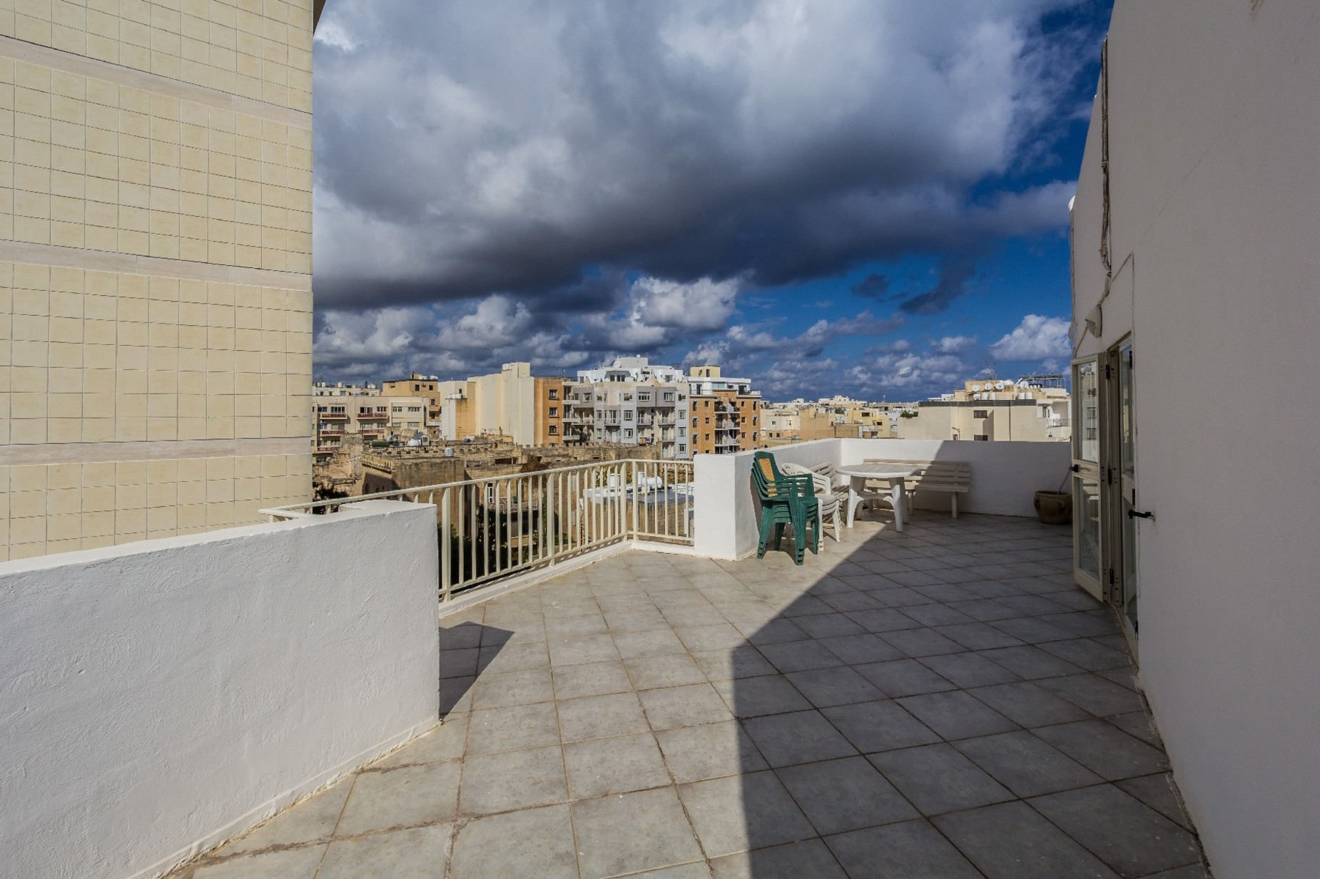 2 bed Penthouse For Rent in Sliema, Sliema - thumb 10