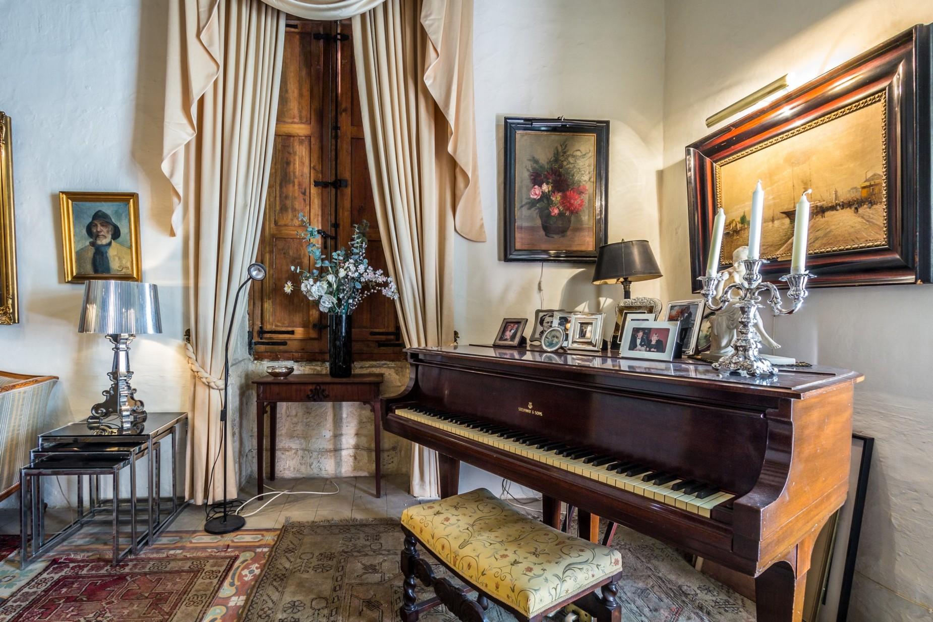 4 bed Town House For Sale in Senglea, Senglea - thumb 8