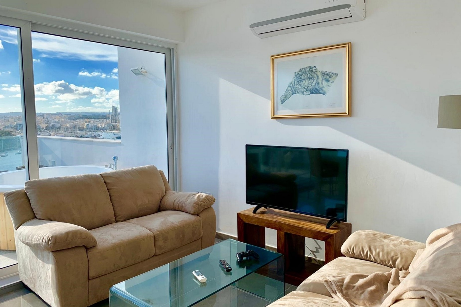 1 bed Penthouse For Rent in Sliema, Sliema - thumb 9