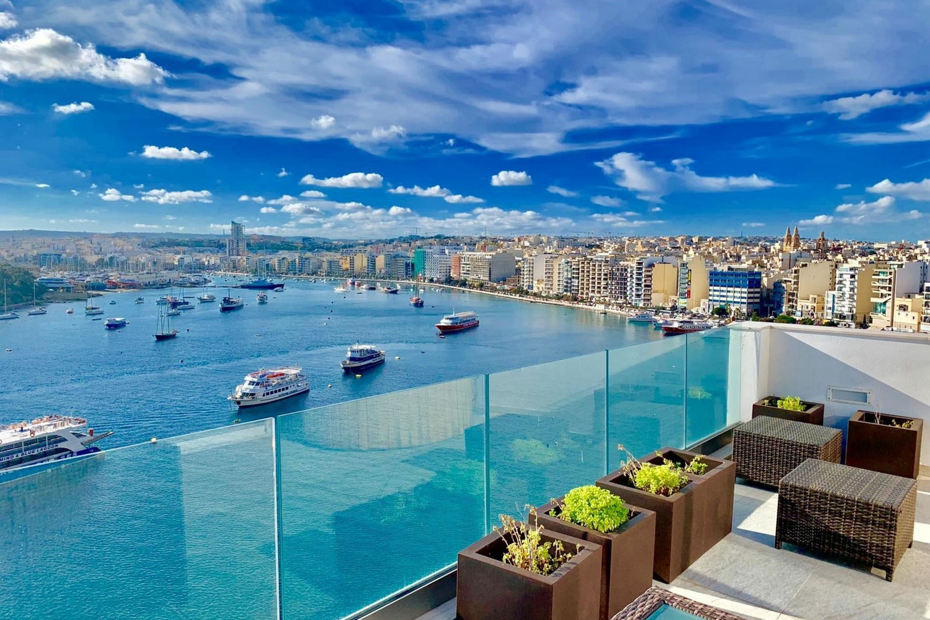 1 bed Penthouse For Rent in Sliema, Sliema - thumb 5
