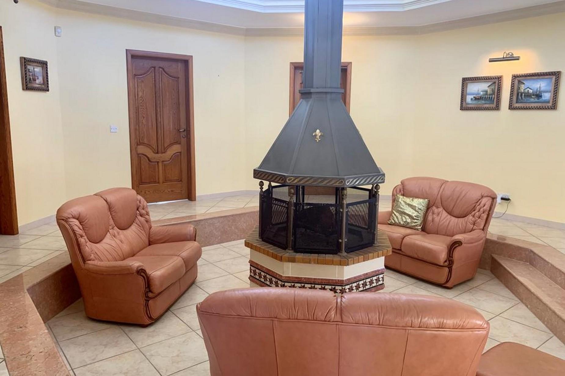 4 bed Villa For Rent in Mellieha, Mellieha - thumb 4