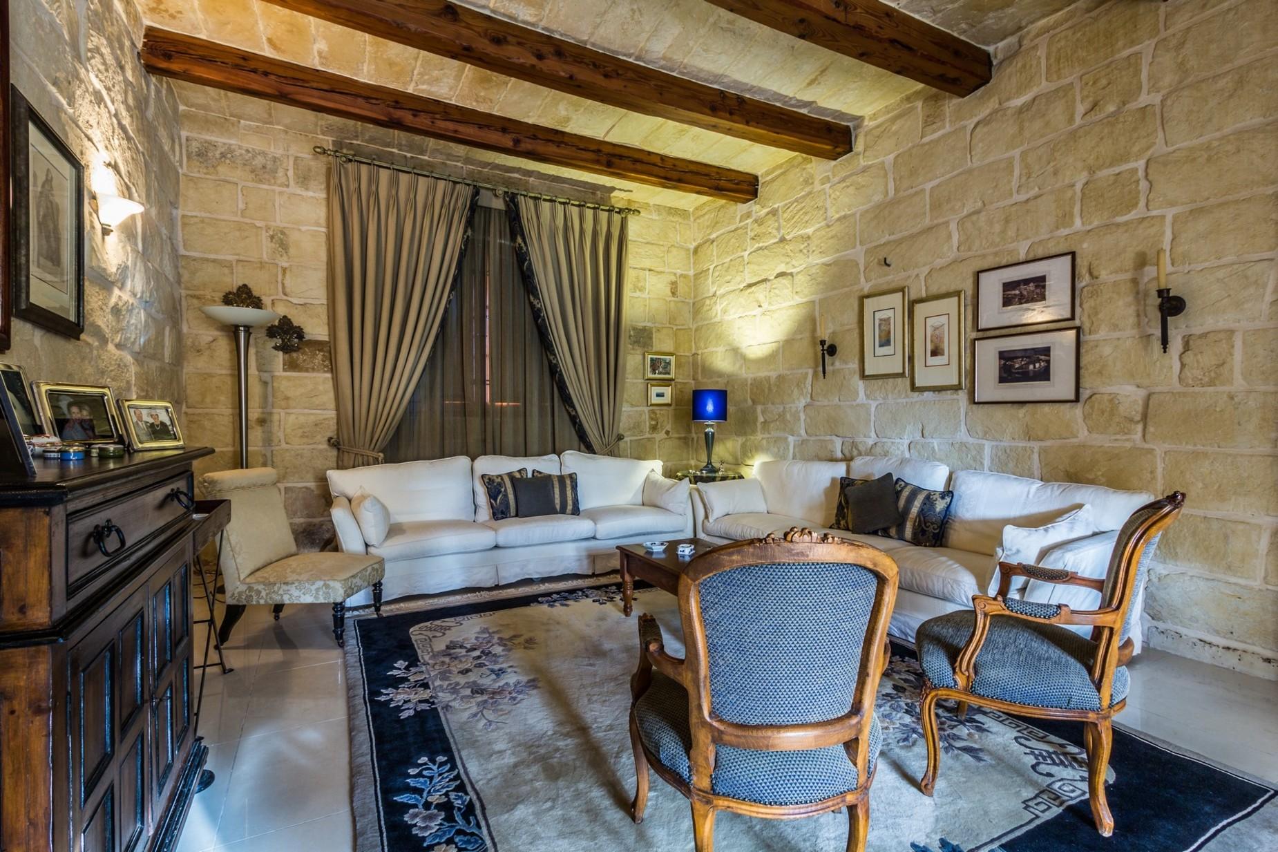 3 bed Villa For Sale in Naxxar, Naxxar - thumb 4