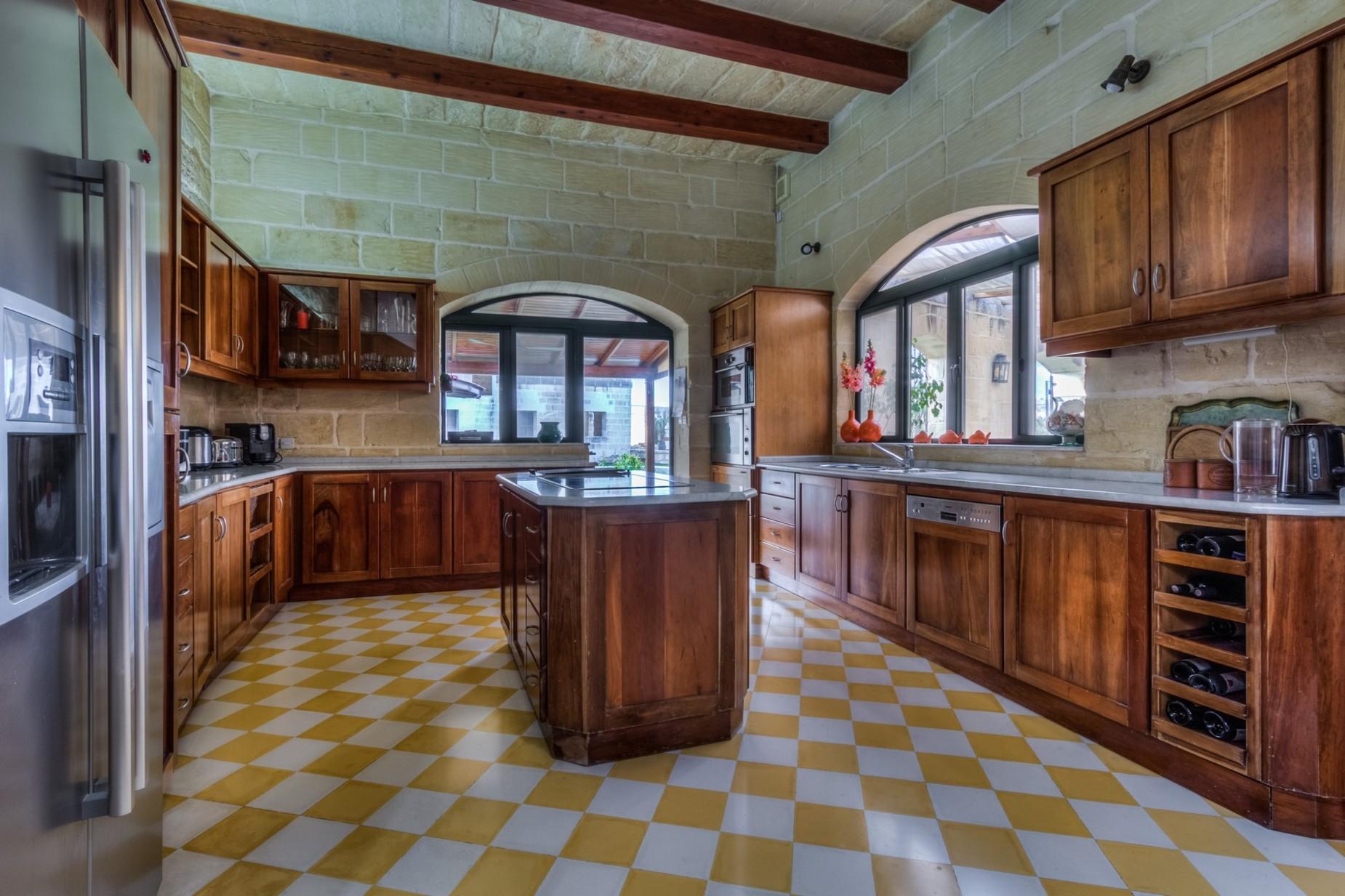 3 bed Villa For Sale in Naxxar, Naxxar - thumb 9