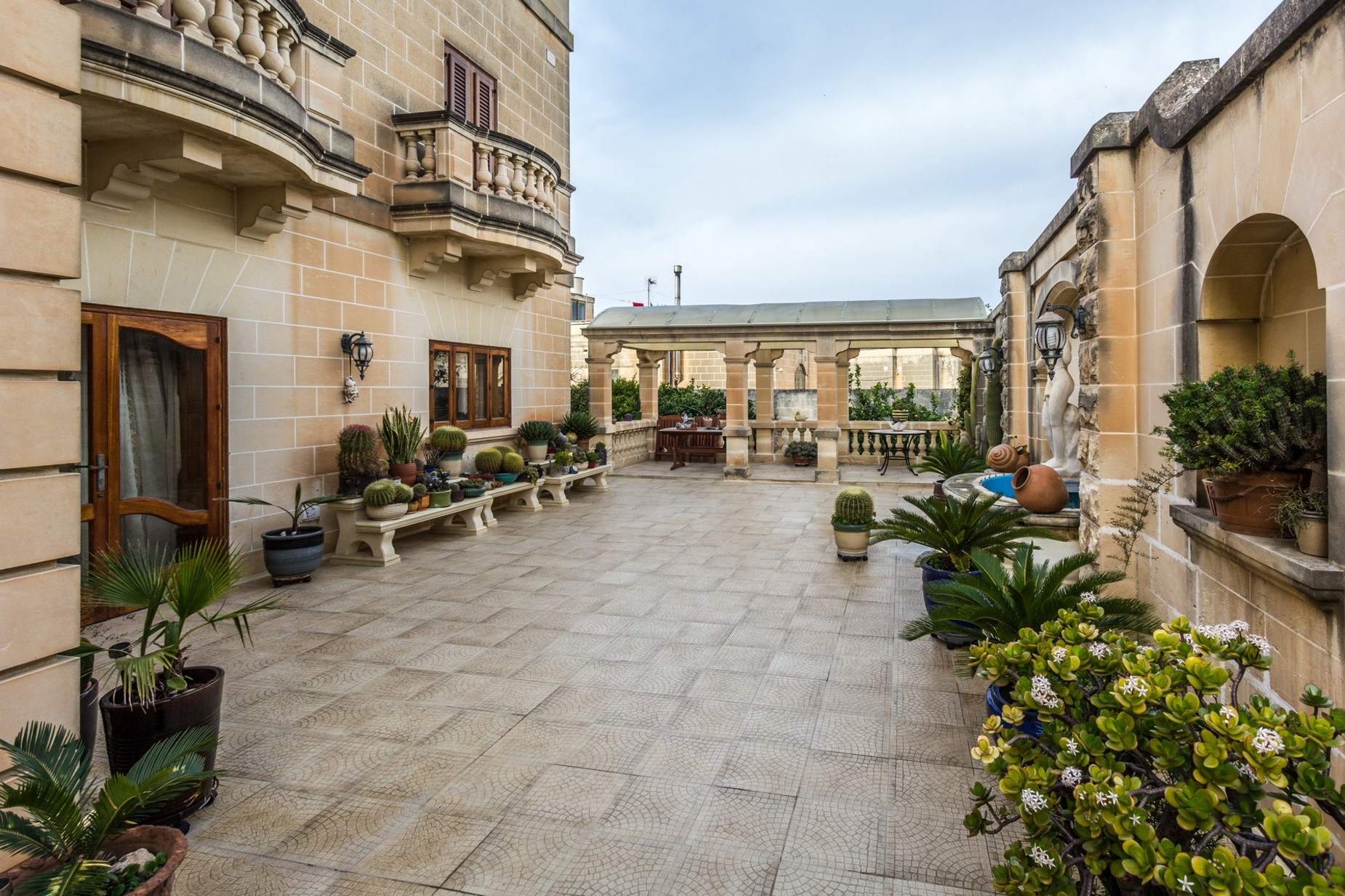 4 bed Villa For Sale in Attard, Attard - thumb 7