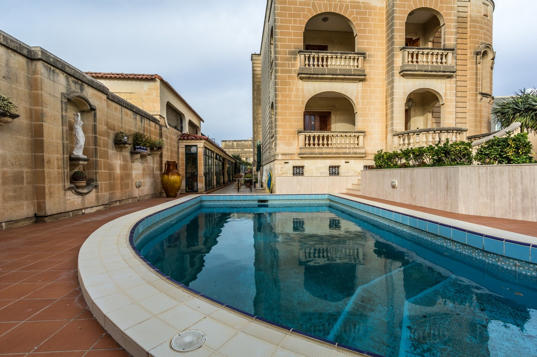 4 bed Villa For Sale in Attard, Attard - thumb 13