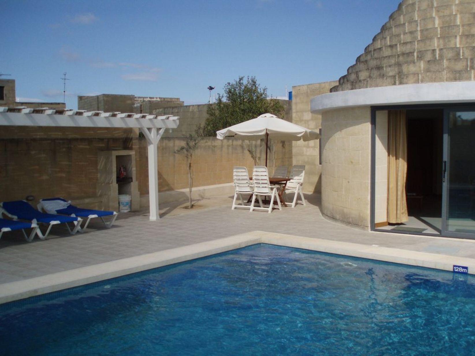 2 bed Villa For Rent in Xewkija, Xewkija - thumb 2