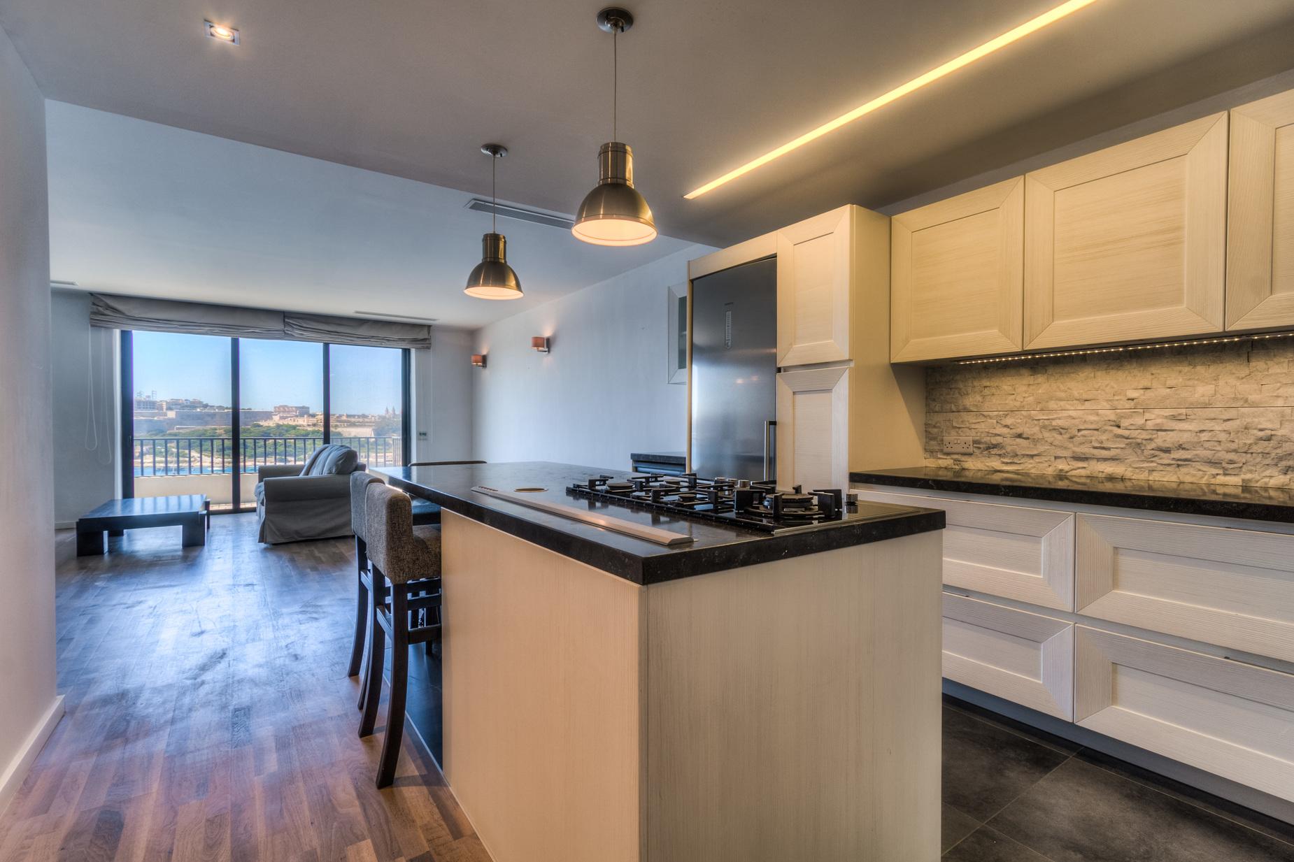 3 bed Apartment For Rent in Sliema, Sliema - thumb 5