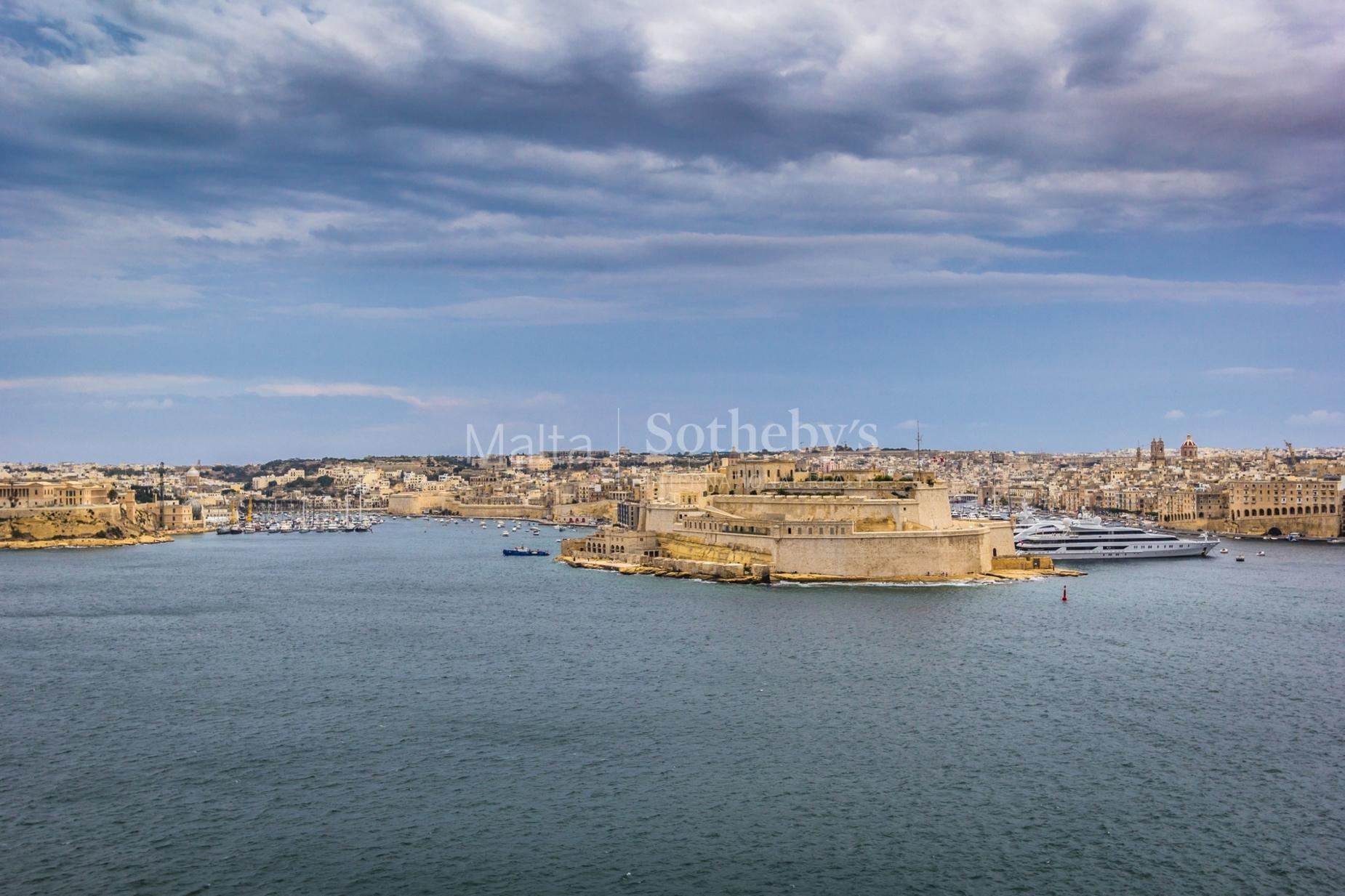 3 bed Palazzo For Sale in Valletta, Valletta - thumb 2