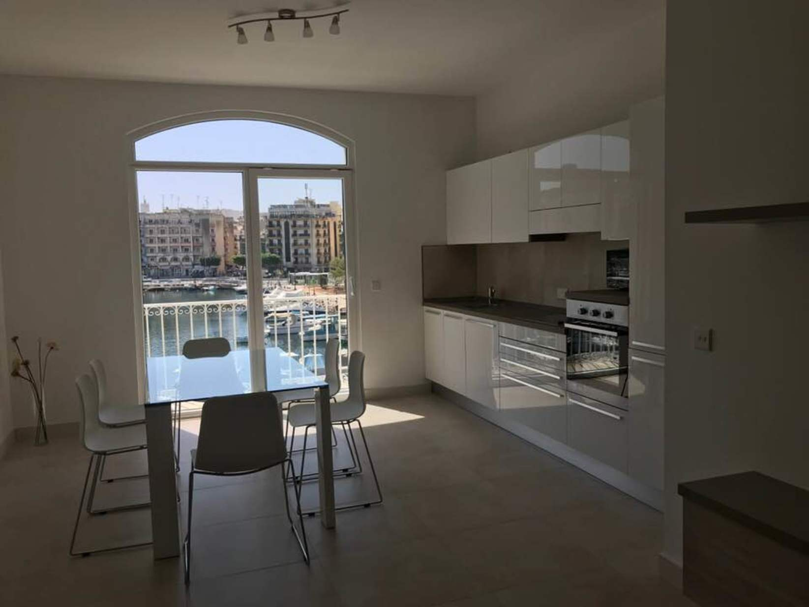 1 bed Penthouse For Rent in Msida, Msida - thumb 22