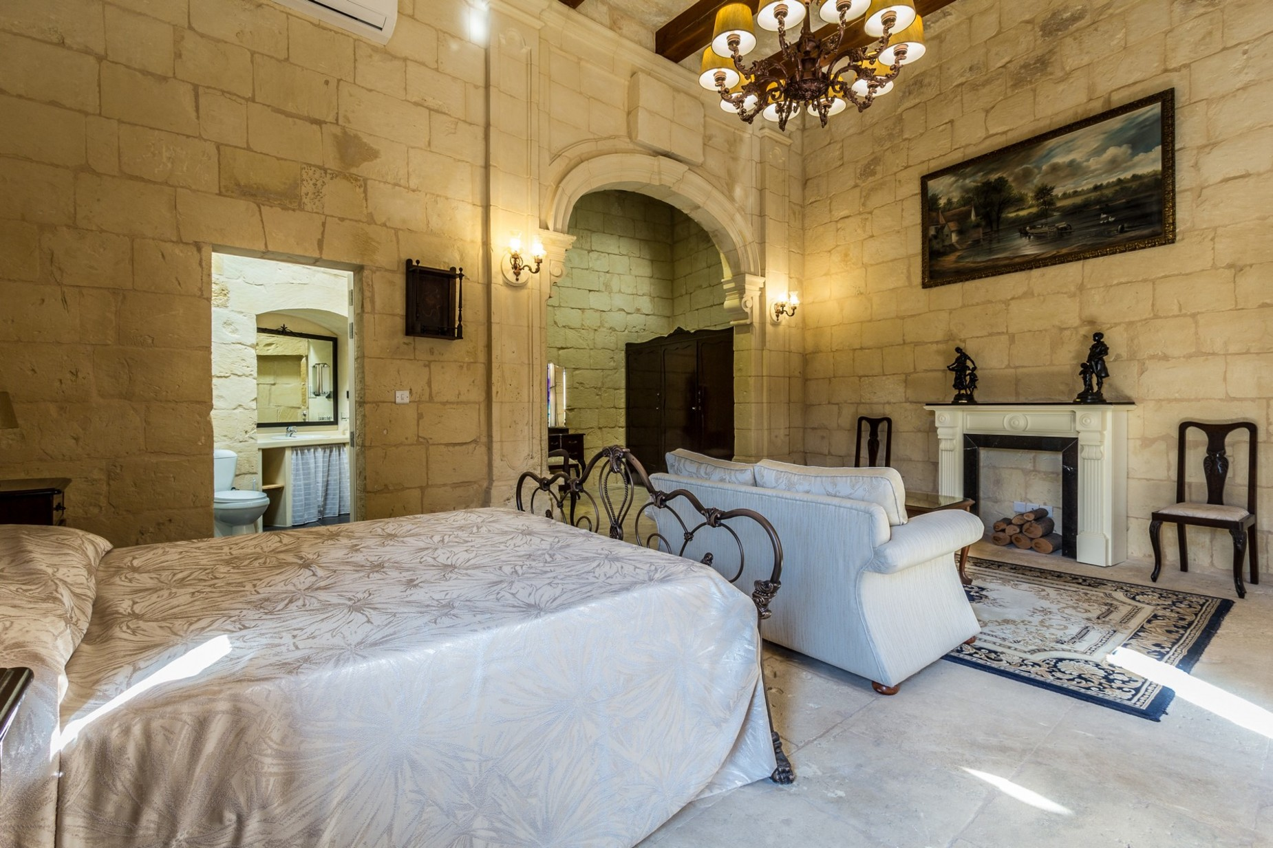 3 bed House of Character For Rent in Zebbug, Zebbug - thumb 12