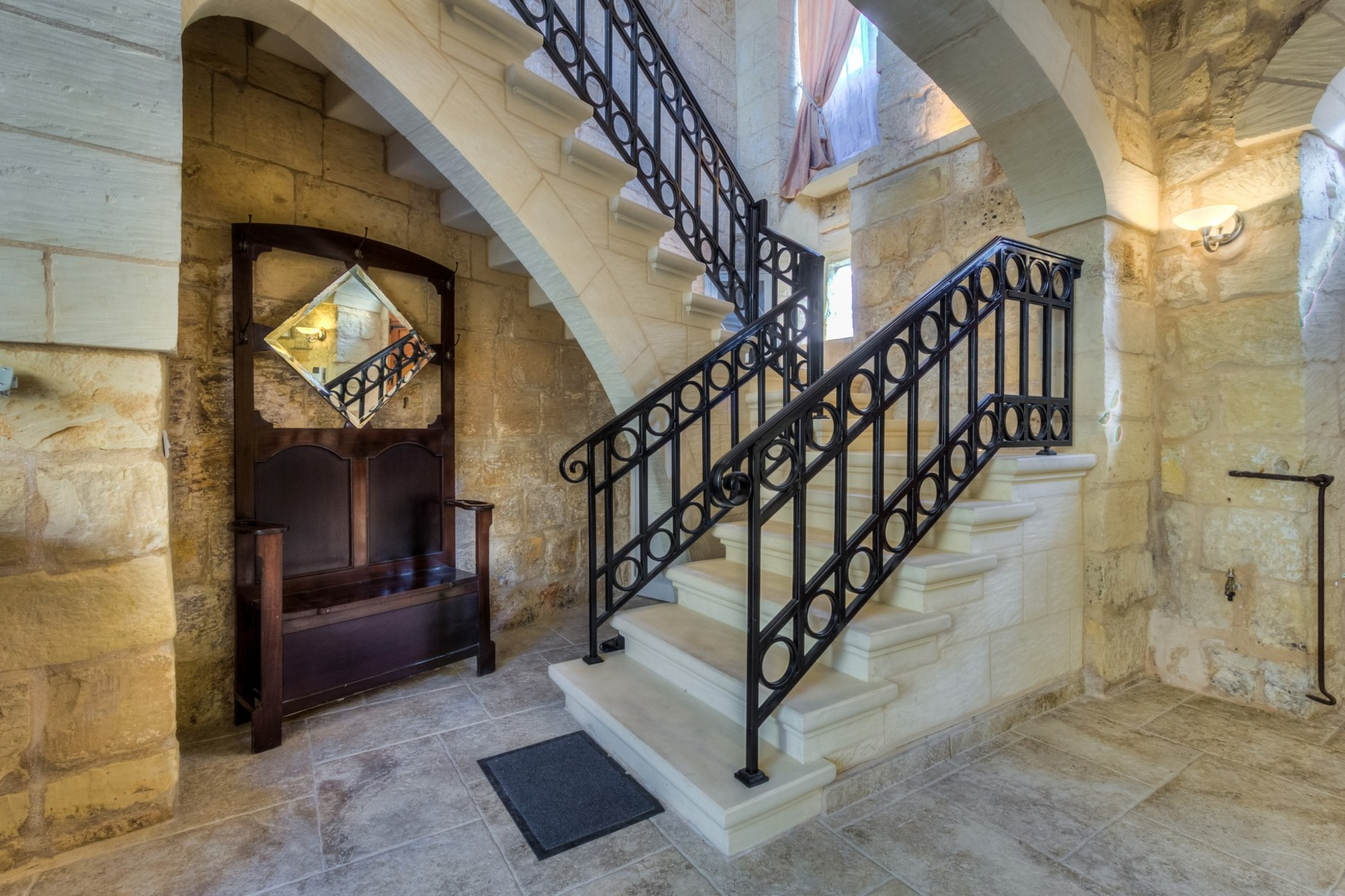 3 bed House of Character For Rent in Zebbug, Zebbug - thumb 8