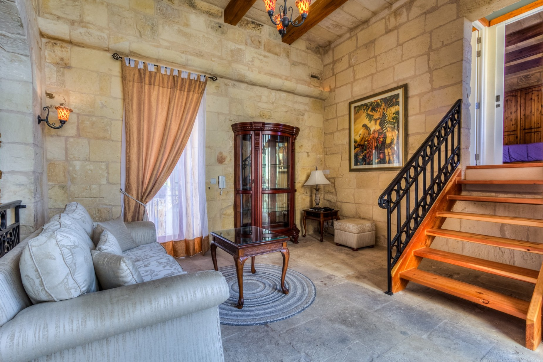 3 bed House of Character For Rent in Zebbug, Zebbug - thumb 2