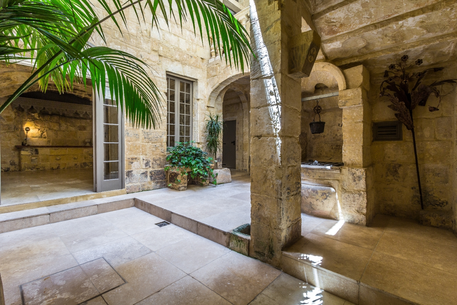 6 bed Palazzo For Sale in Valletta, Valletta - thumb 28