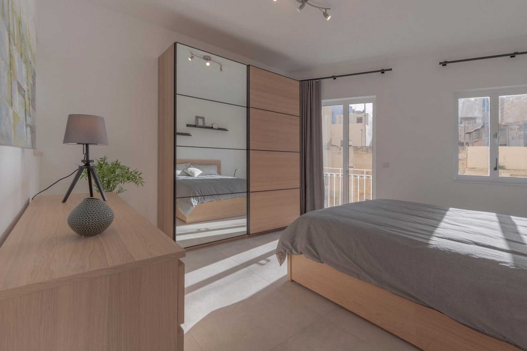 3 bed Town House For Rent in Sliema, Sliema - thumb 6