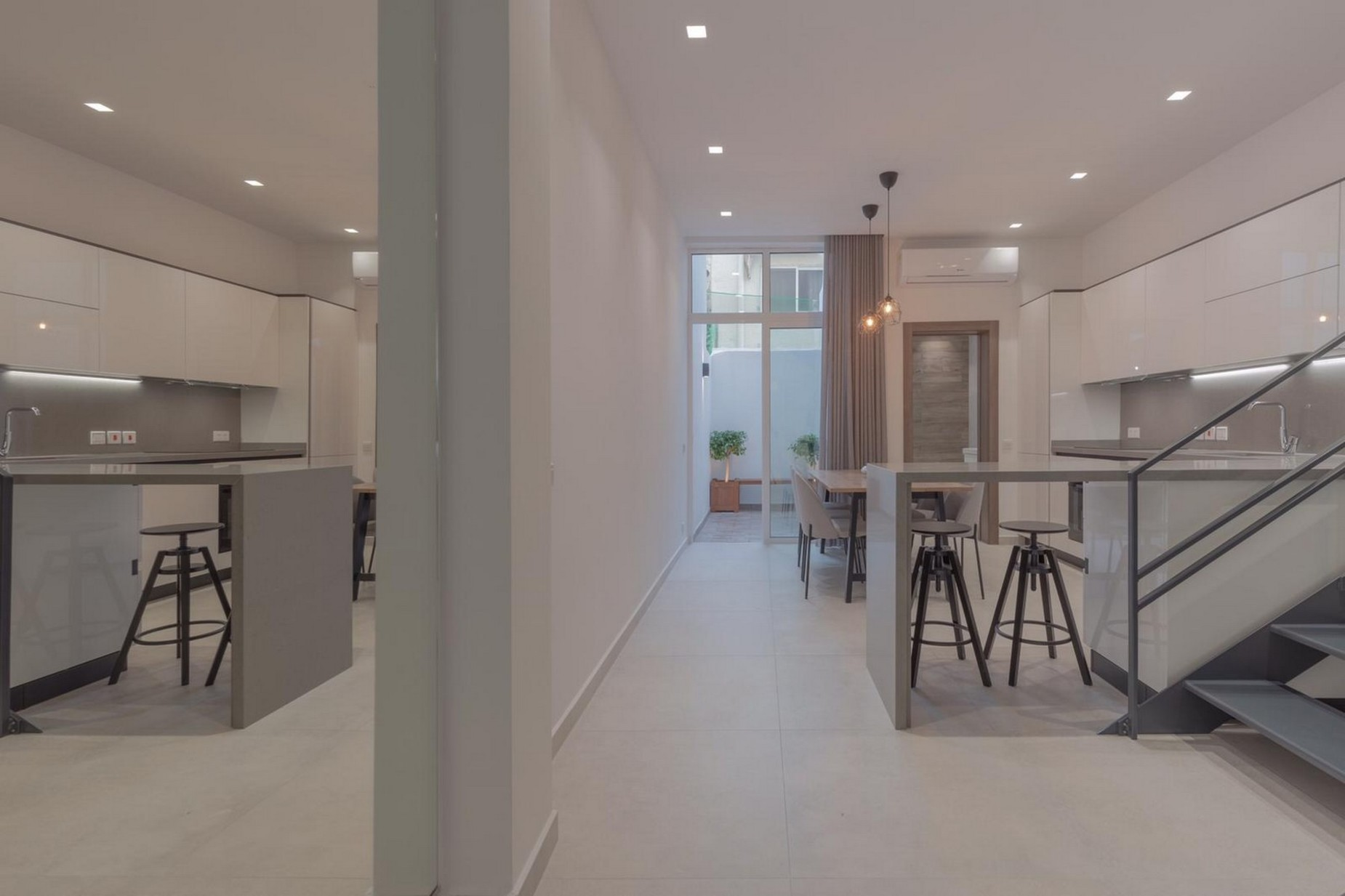 3 bed Town House For Rent in Sliema, Sliema - thumb 4