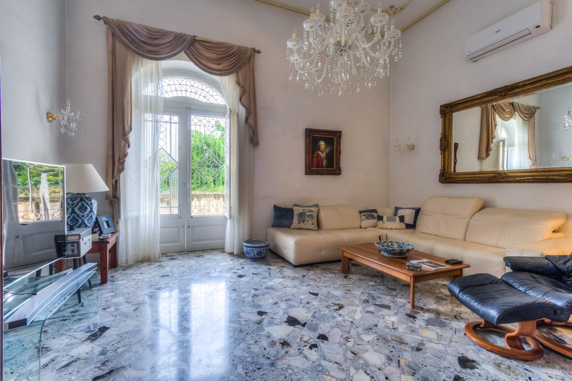 5 bed Palazzo For Sale in Sliema, Sliema - thumb 3
