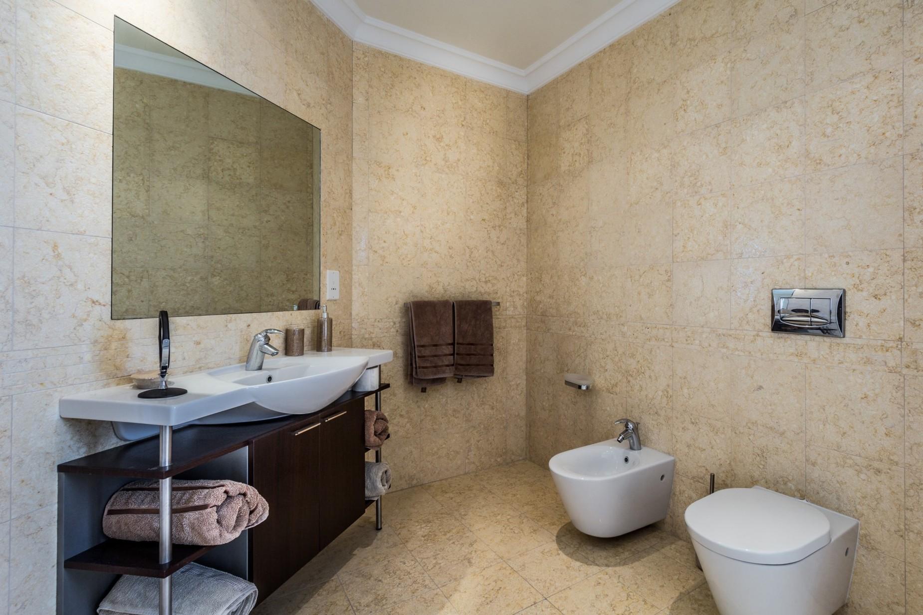 3 bed Penthouse For Sale in St Julian's, St Julian's - thumb 23