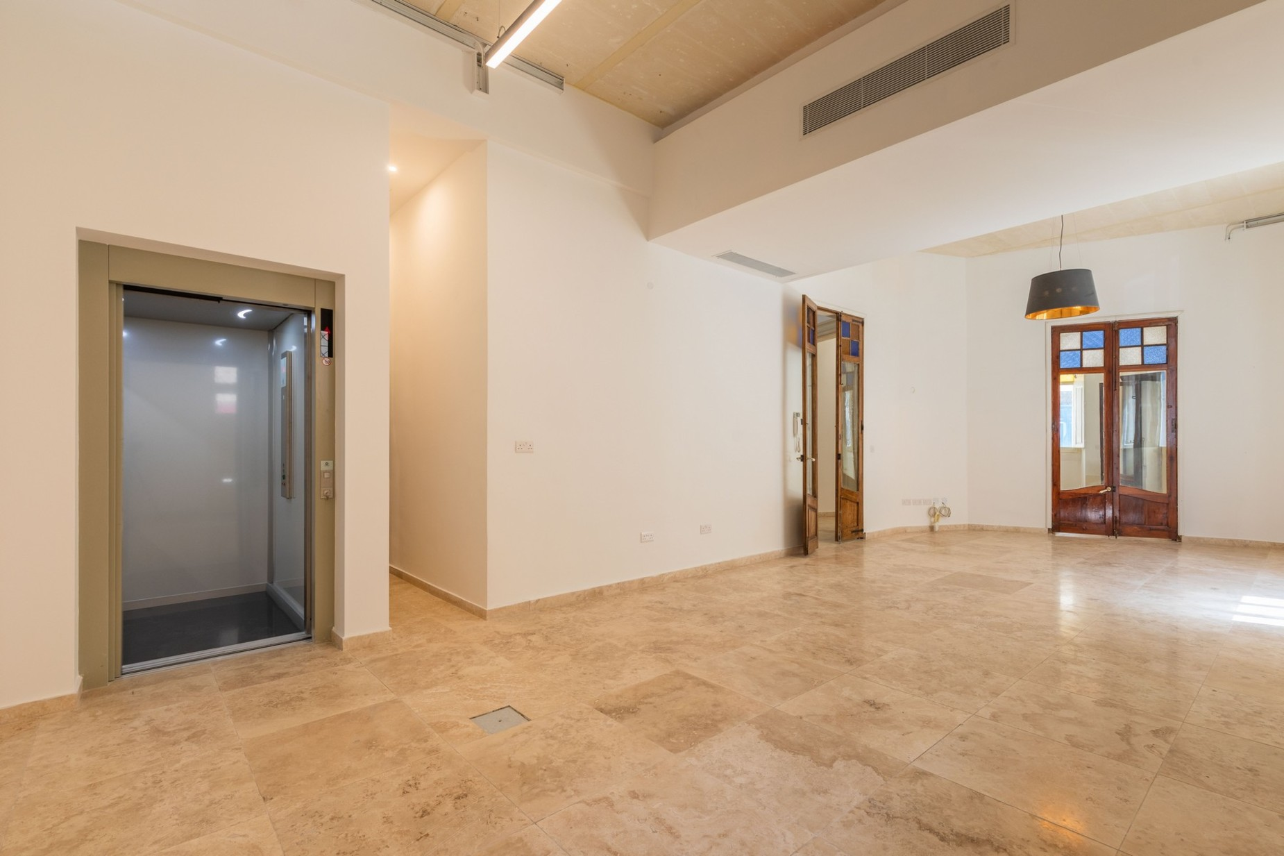 0 bed Office For Rent in Sliema, Sliema - thumb 2