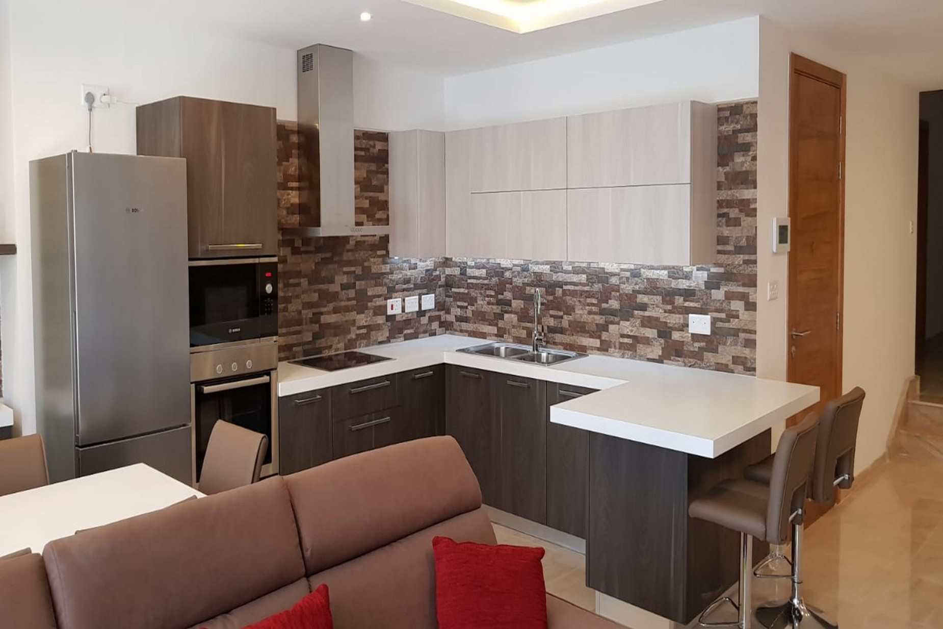 3 bed Apartment For Rent in Swieqi, Swieqi - thumb 5