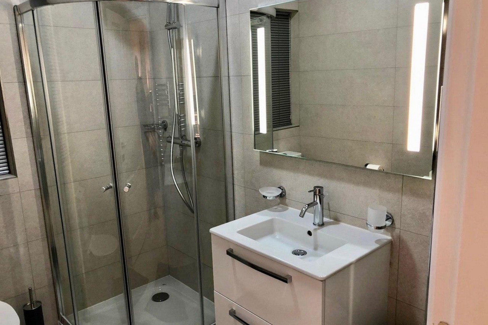 2 bed Apartment For Rent in St Julian's, St Julian's - thumb 7